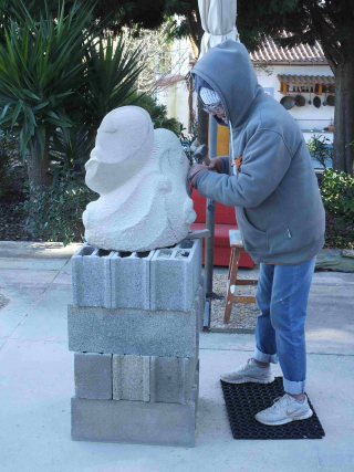 Stone sculpting keeps you warm